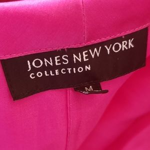 Jones New York Tops - JONES NEW YORK fuchsia blouse.